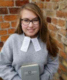 Praktikantin der Theologie, gemeindepraktikum