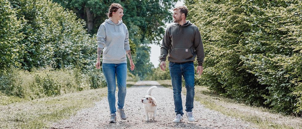 Hundemarke Hundeschule: Inhaber und Beagle