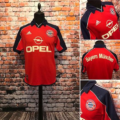 Bayern Munich 1999-01