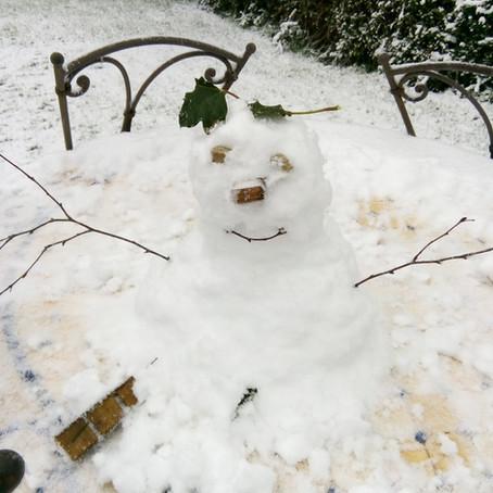 L'Espace Sankara sous la neige. Trop trop beau!