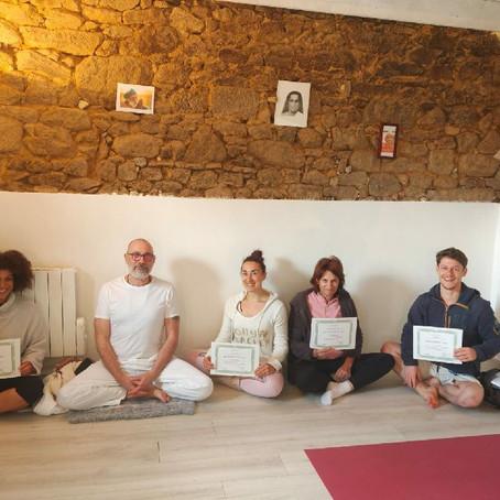 Formation de Professeur de Yoga : la Promo Ecureuils , remise des diplômes !