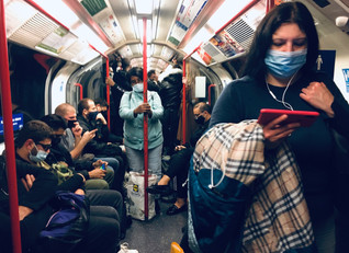 Social Distancing in Central Line. London