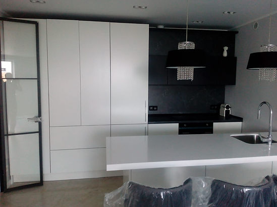 IQ Kitchen Sl1.jpg