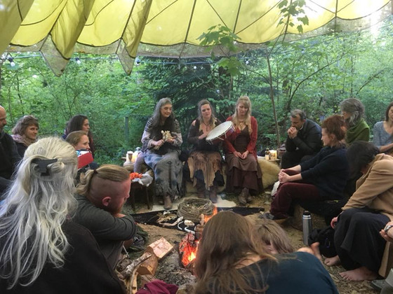 'La Loba Enchanting the Wild' with Bone Song, in The Glade, Dartington (photo: Katie Whitehouse)