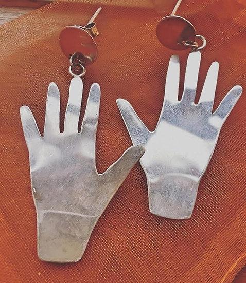 orecchini manine in argento 925