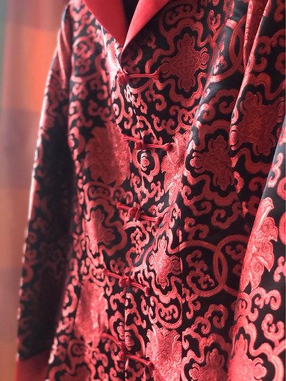 Giacca taglio orientale in raso rosso-nero