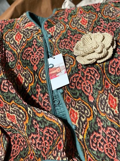 Completo pantalone melanzana, giacca salvia e ruggine