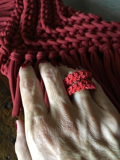 anelli in rame lavorati all'uncinetto