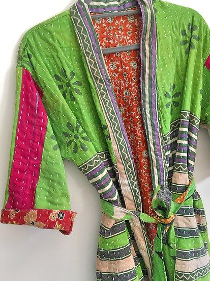 Kimono leggermente trapuntato verde e fantasia