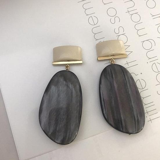 orecchini grigio antracite e beige
