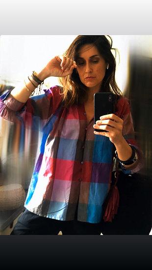 Camicia in seta colorata