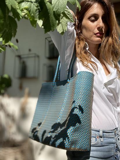 Borsa shopper grande plastica riciclata azzurra
