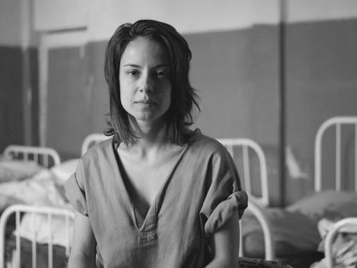"""""""Colônia"""": série reconstrói tragédia humana no manicômio de Barbacena"""