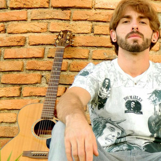 // Toninho Fakker no Happy Hour é Show do Shopping Sete Lagoas