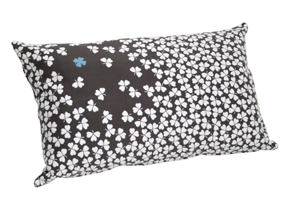 COUSSIN TREFLE  68X44  CARBONE FERMOB