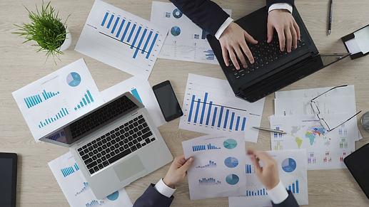 videoblocks-auditors-checking-business-d
