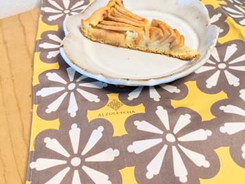 Recipe apple pie with cream / Receita tarte de maça com creme  (Teleculinária)