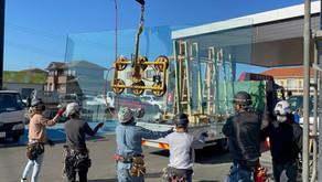 2020年10月 東金市 カーディーラー様 大きなガラスのマシン施工