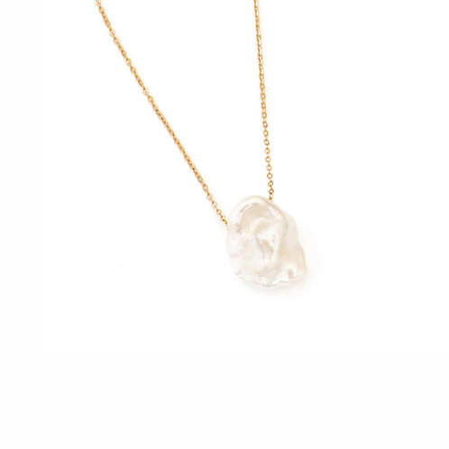 Nature Pearl Necklace