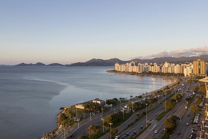 Avenida-Beira-Mar-Norte-Florianópolis.w