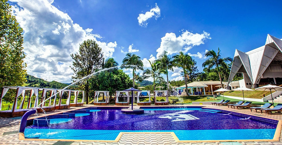 Piscina Pratas Thermas Resort com Águas Termais em Santa Catarina