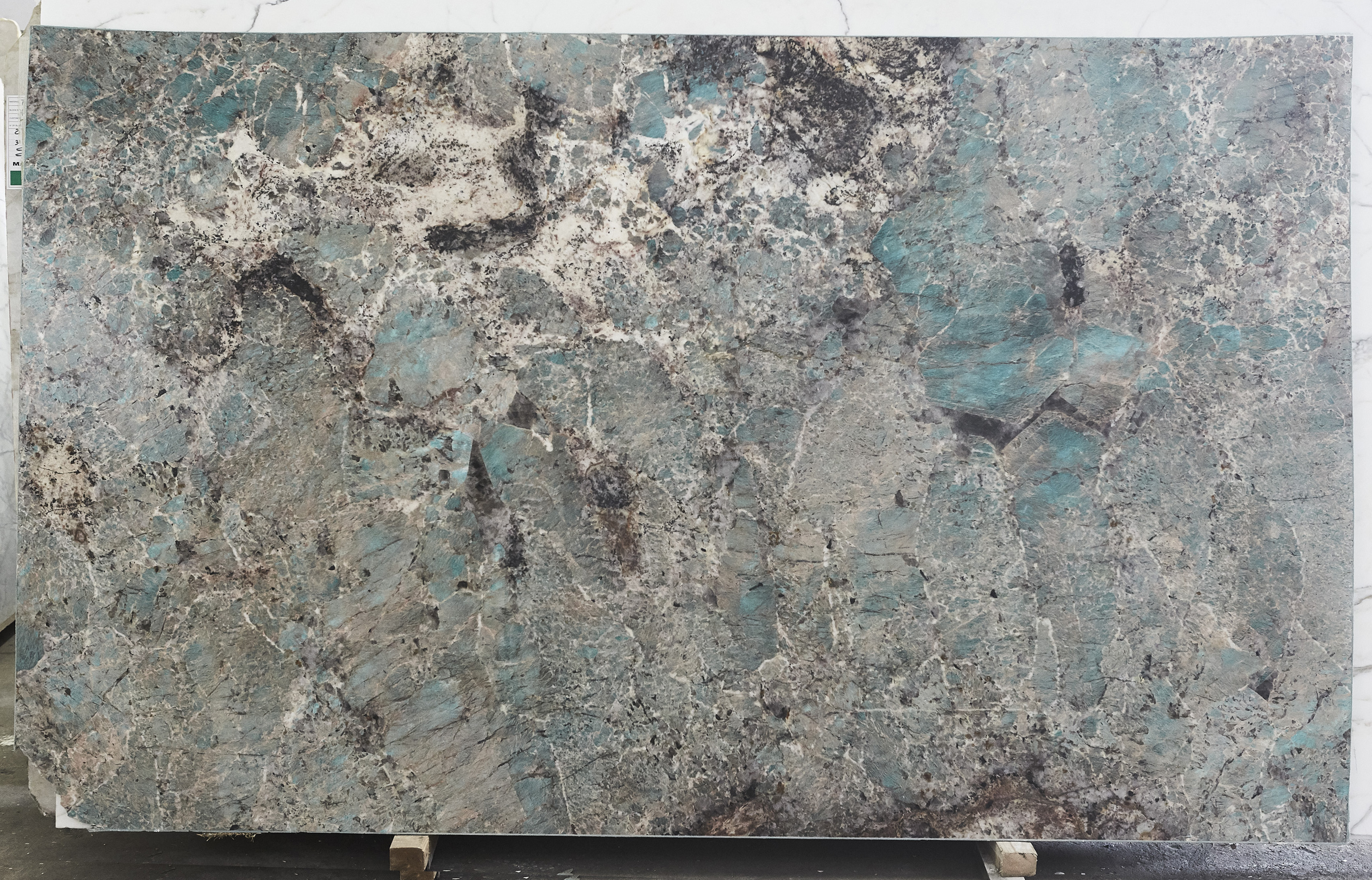Amazonite 2Cm (114 x 70) (13Slb) granite
