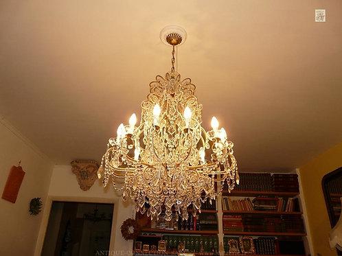 Lustre baroque à pampilles avec 12 feux - Ø 80 cm.