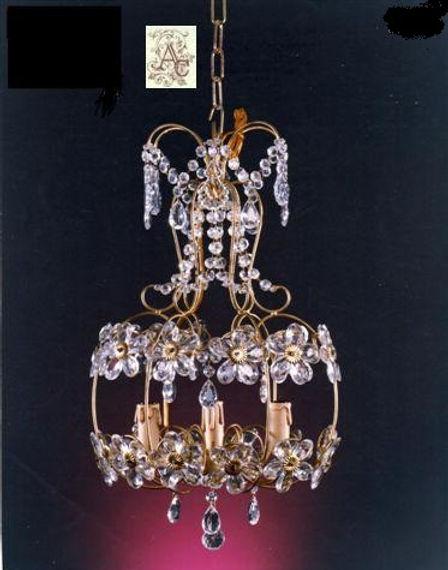 lustre cage avec margueristes en cristal