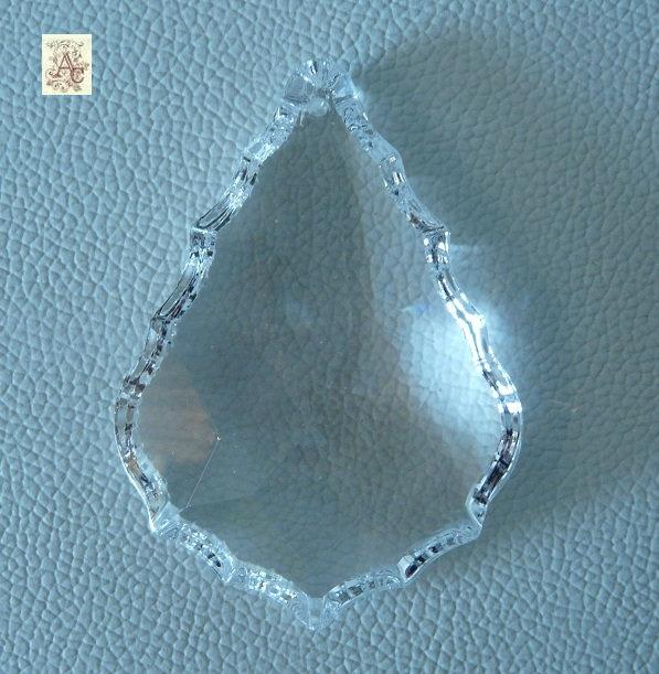 pampille en cristal pour lustre