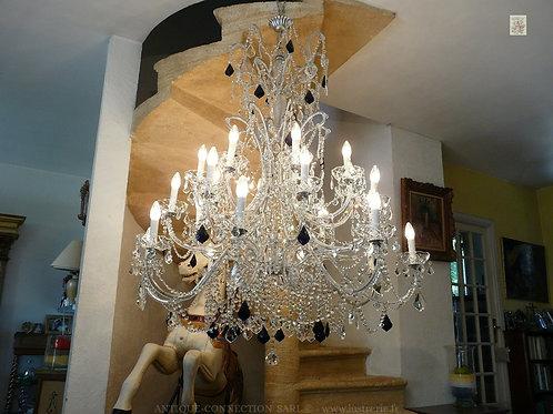 Grand lustre argenté en cristal - Ø 110 cm.
