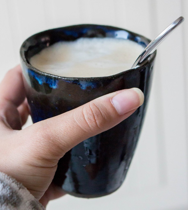 keramiek tas met koffie