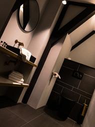 Room 3 . Agatha Christie