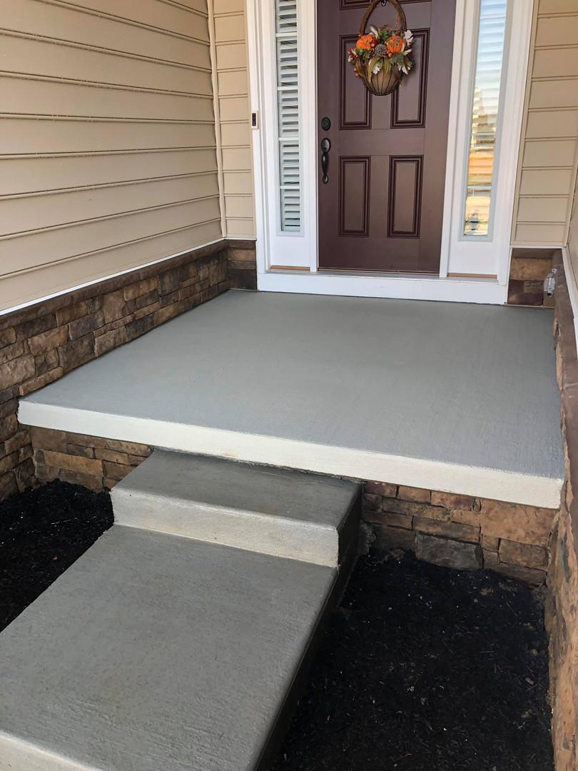 2nd porch 2.jpg