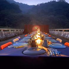 阿里山來吉部落戶外橋上餐宴活動