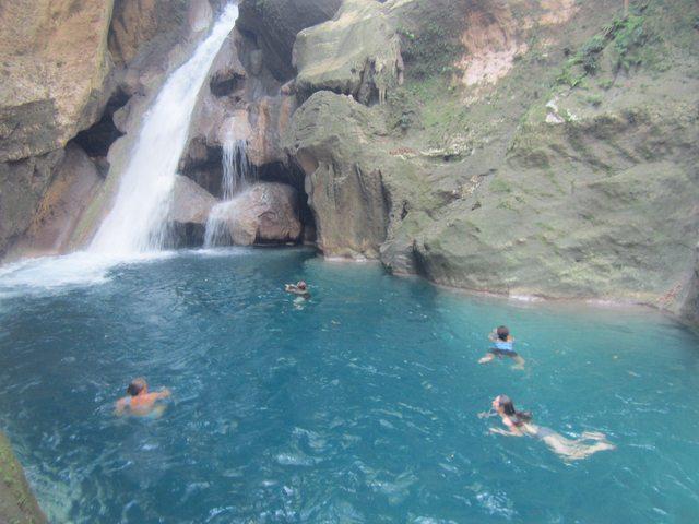 Bassin Bleu, Jacmel Haiti