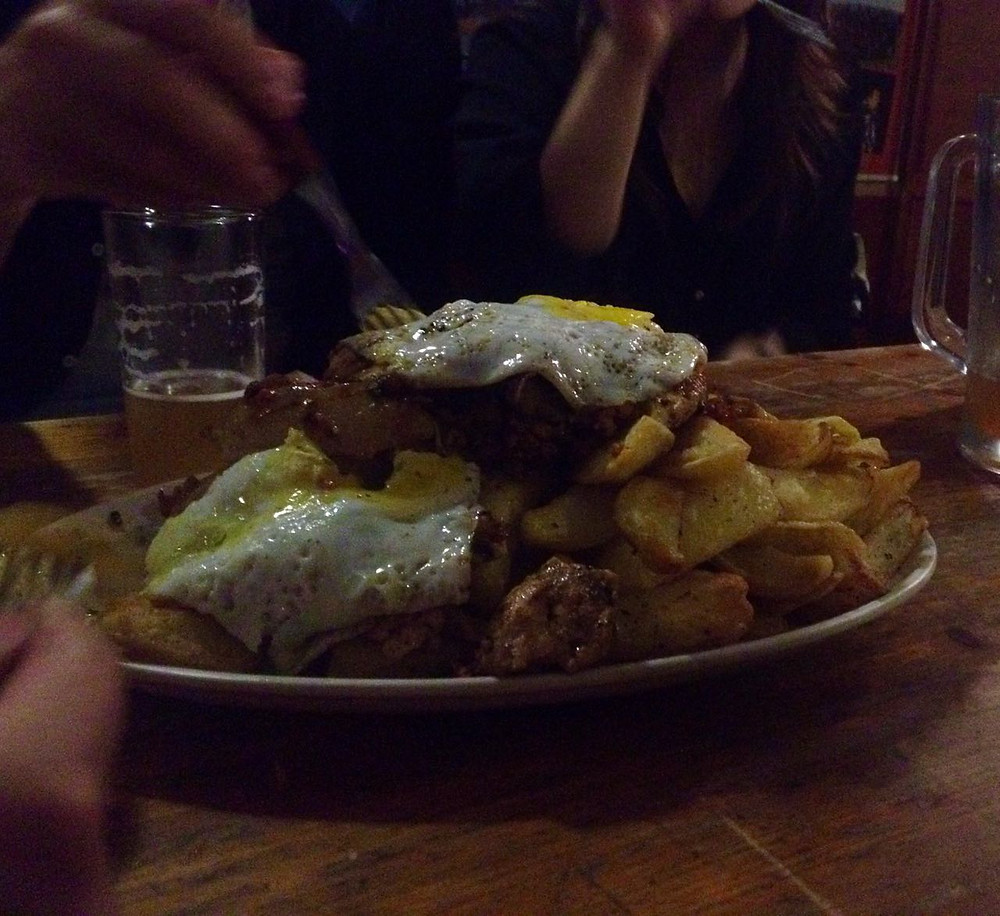 chorrillana - typical chilean food