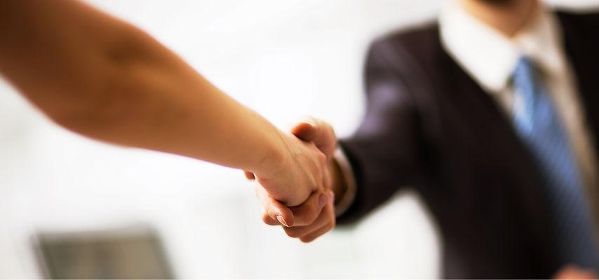 bigstock-Business-people-shaking-hands-8