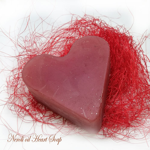 Valentine Heart / Valentīna sirds ziepes Neroli