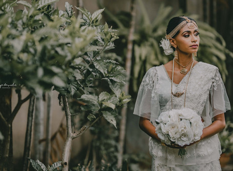 SRI LANKAN TRADITIONAL BRIDAL ATTIRE, KNOWN AS KANDYAN