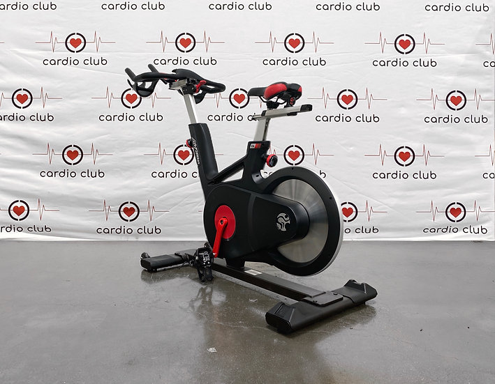 Life Fitness Indoor IC4 Cycle