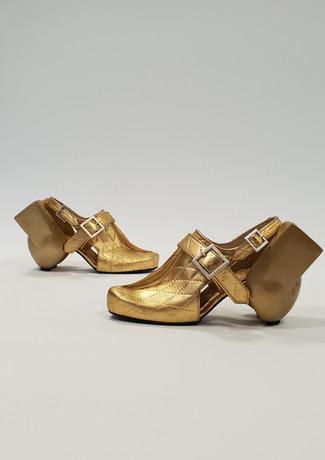 Golden laszlo