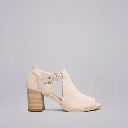 NeroGiardini  block heel sandal