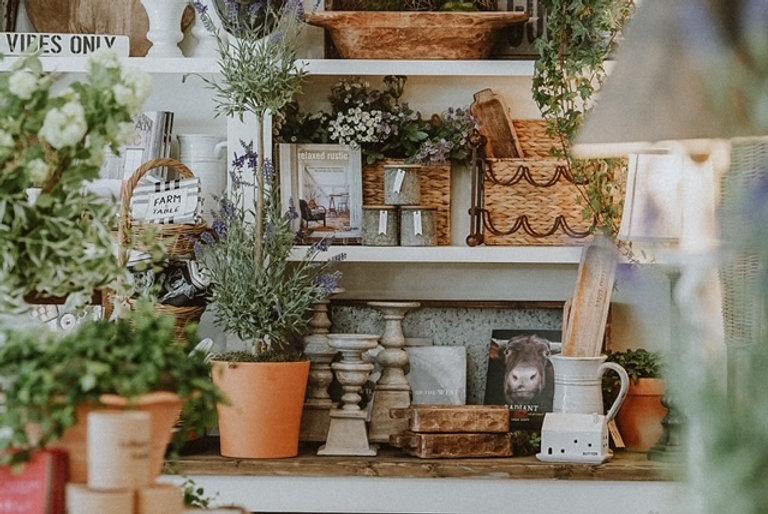 Escalon Home Decor + Gifts