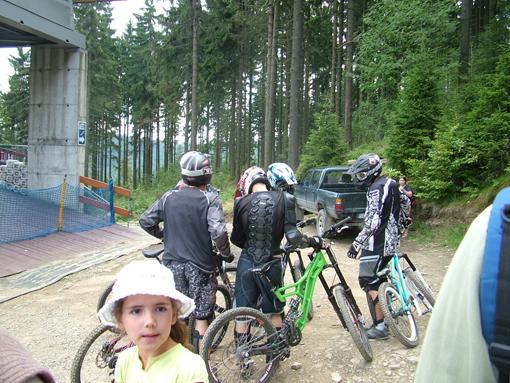 Команда велоспортсменов