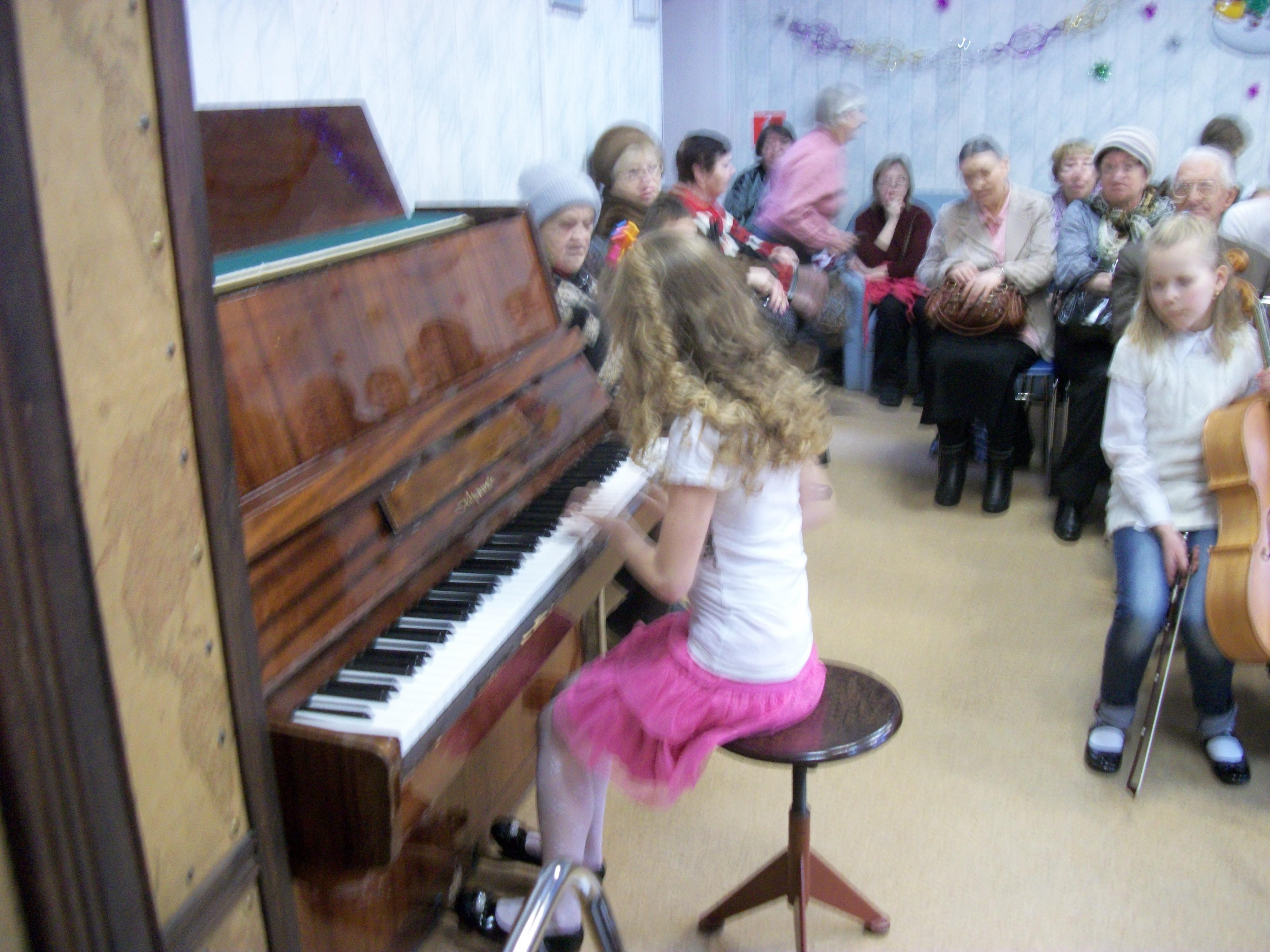 занятия на фортепиано
