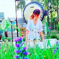 Summer gong baths in a secret garden