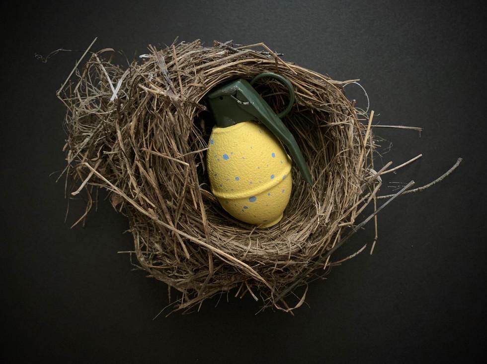 Easter egg (yellow)