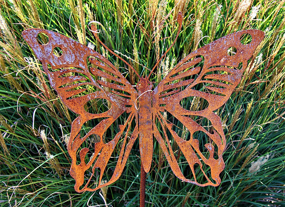 Schmetterling auf Stab