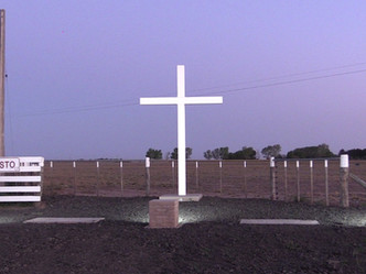 iluminamos la cruz del viajero y peregrino