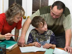 Почему делать домашнее задание с ребенком вредно